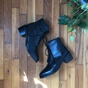 JC GAMIN LACE UP BOOT